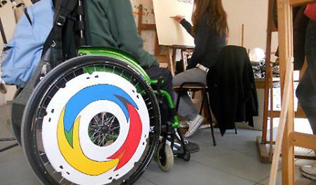 Avviso pubblico non competitivo per la costituzione di un albo per prestazione assistenza scolastica ai disabili