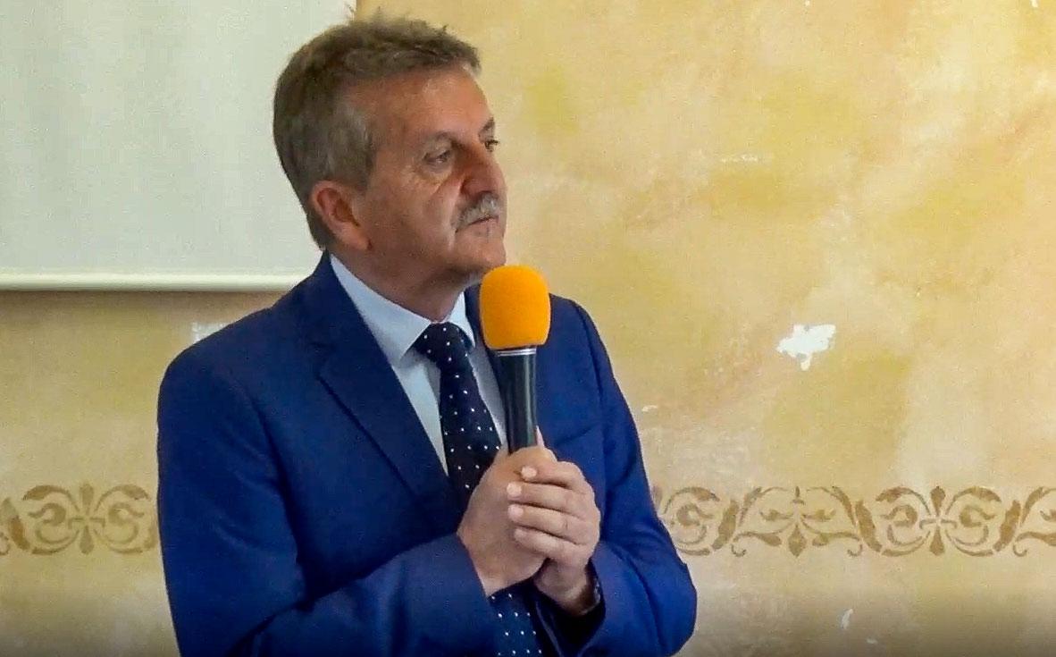 Gianni Di Pangrazio presenta la sua coalizione, Otto liste, per otto punti programmatici