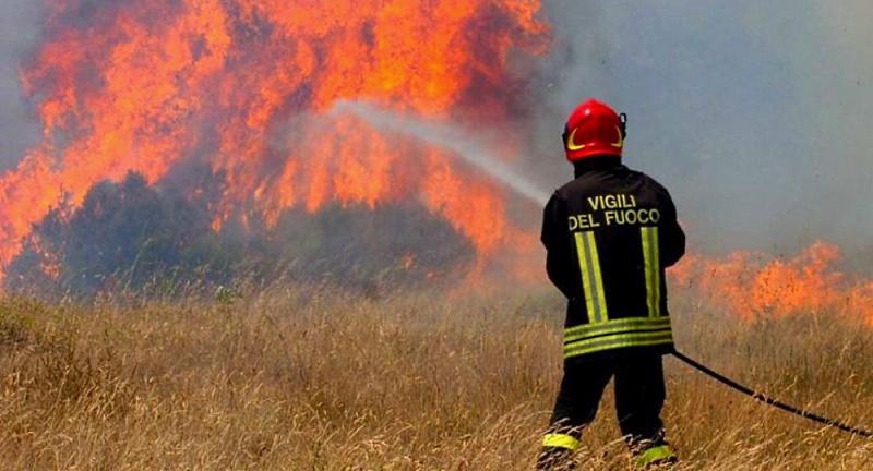 Il Comune di Ovindoli vieta di accendere fuochi all'aperto e di bruciare sfalci e potature