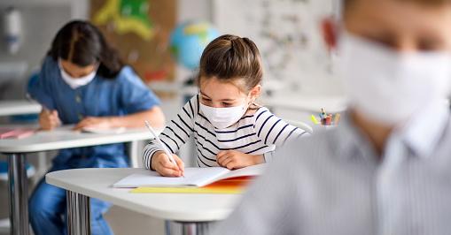 """Preside di Carsoli a insegnati, alunni e genitori: """"a scuola con distanze, mascherine e App Immuni"""""""