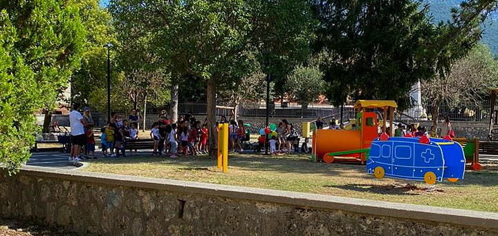 Nuova area giochi per i più piccoli nel parco comunale di Balsorano