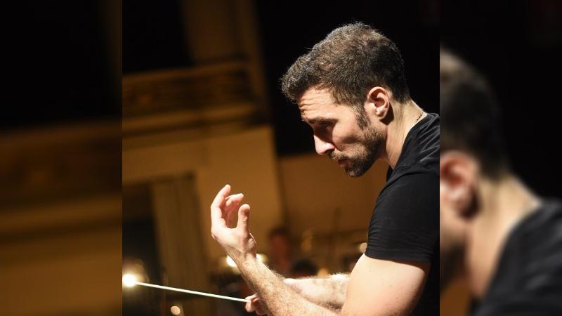 """Al maestro Jacopo Sipari la Medaglia della città di Tagliacozzo """"Musa Talia"""""""
