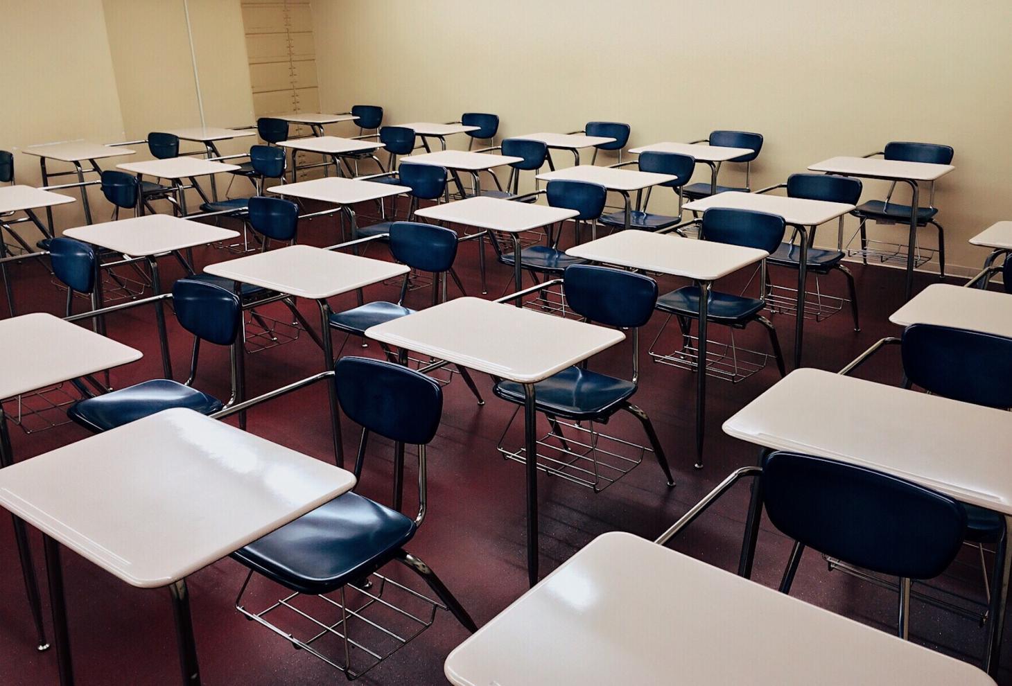 E' ufficiale, la scuola in Abruzzo riaprirà il 24 Settembre