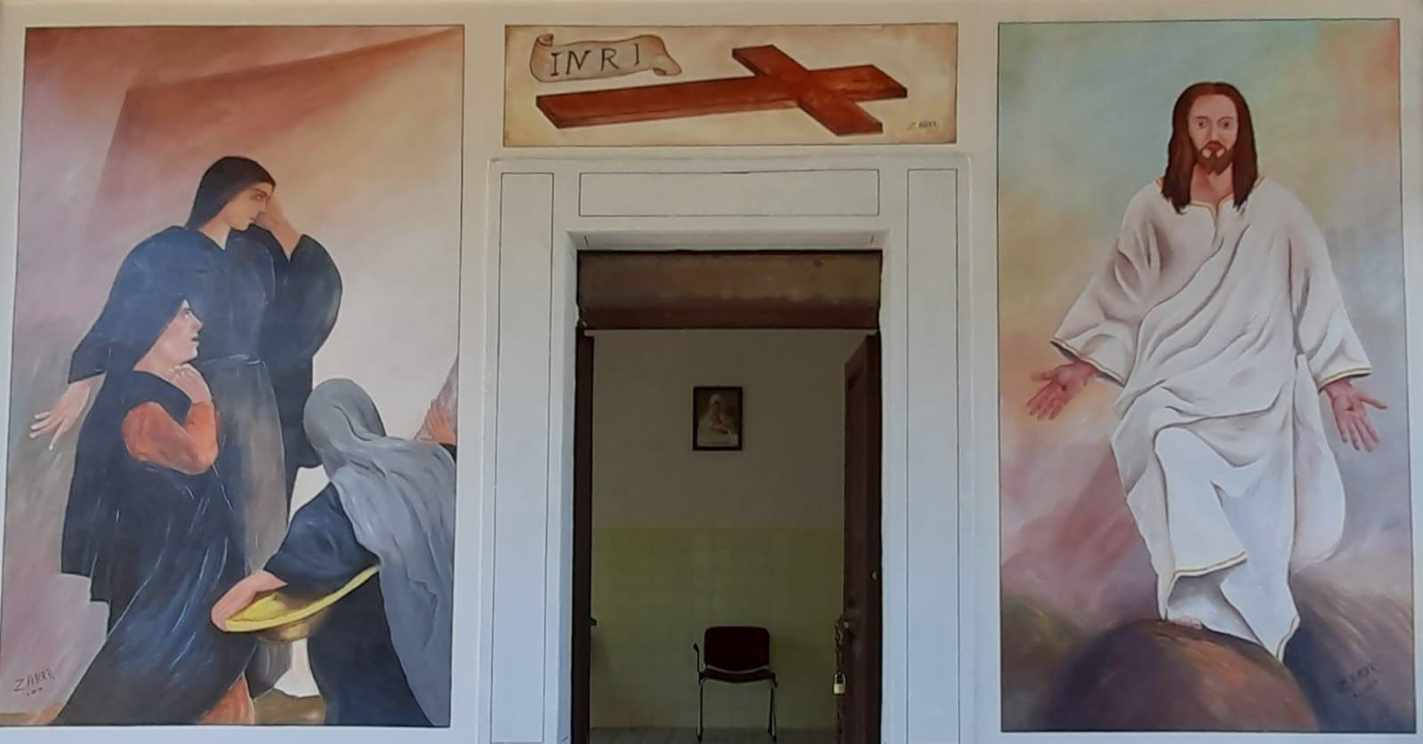 Concluso il murales del maestro d'arte Mario Zarini al cimitero di Lecce nei Marsi