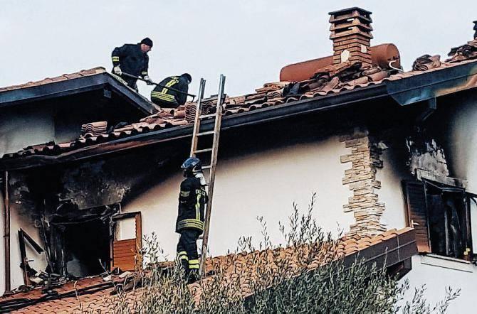 Celano, dà fuoco alla casa della sorella e mette a rischio la vita di altri inquilini