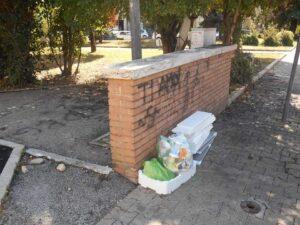 Avezzano sporca e vandalizzata, Gallese (Forza Italia) denuncia il degrado sui social (FOTO)