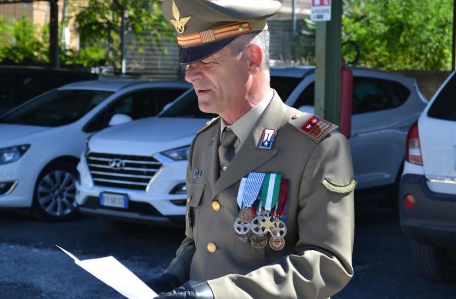 """Passaggio di consegne tra sottufficiali di corpo del Comando Militare Esercito """"Abruzzo Molise"""""""