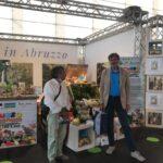 L'esposizione dei Fratelli Cambise con Confagricoltura chiudono la kermesse abruzzese al Palasport di Castel di Sangro ed al ritiro del Napoli Calcio