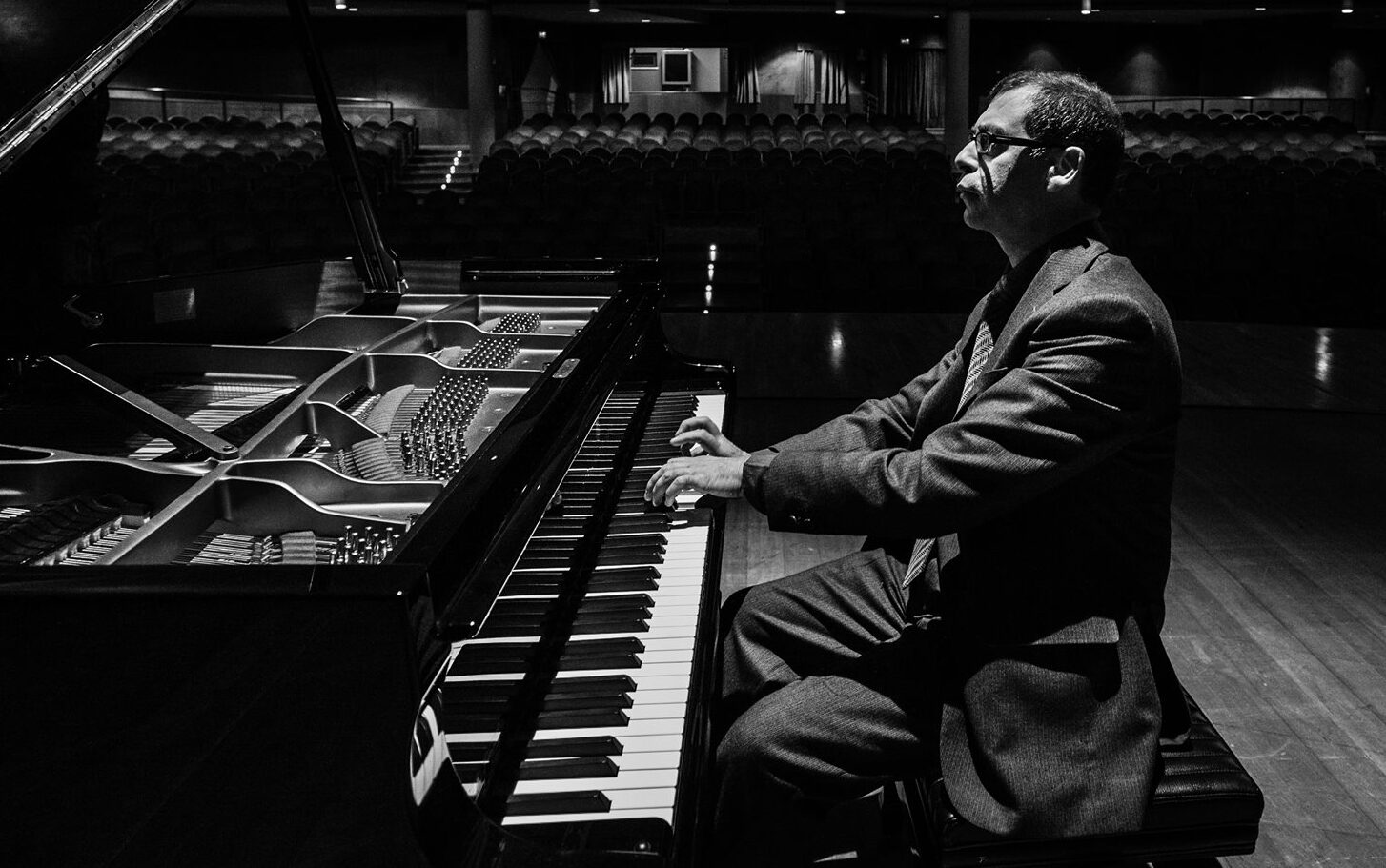 """Teatro dei Marsi, il direttore di Harmonia Novissima Coccia: """"La gestione del Teatro dei Marsi va reinquadrata"""""""