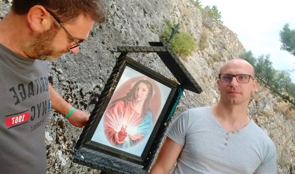 Ripristinata l'immagine di Gesù che era stata vandalizzata