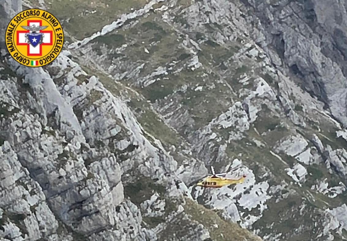 Precipita per oltre 30 metri sul Monte Velino, salvato da Soccorso Alpino