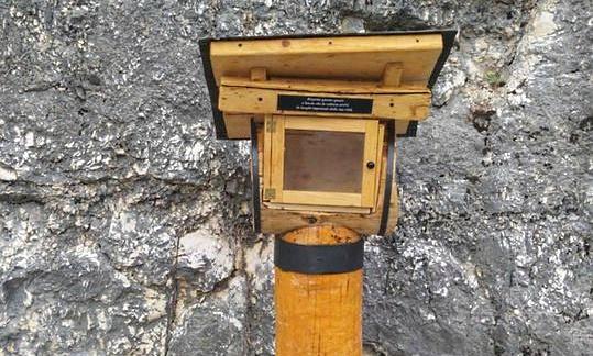 Sul Monte Salviano la prima teca per la condivisione di libri creata da Vincenzo (Nino) Gentile