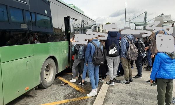"""Trasporto pubblico, disagi per gli studenti, il sindaco Tedeschi scrive ai vertici TUA """"assistiamo a situazioni di trasporto pubblico sgradevoli e non tollerabili"""""""