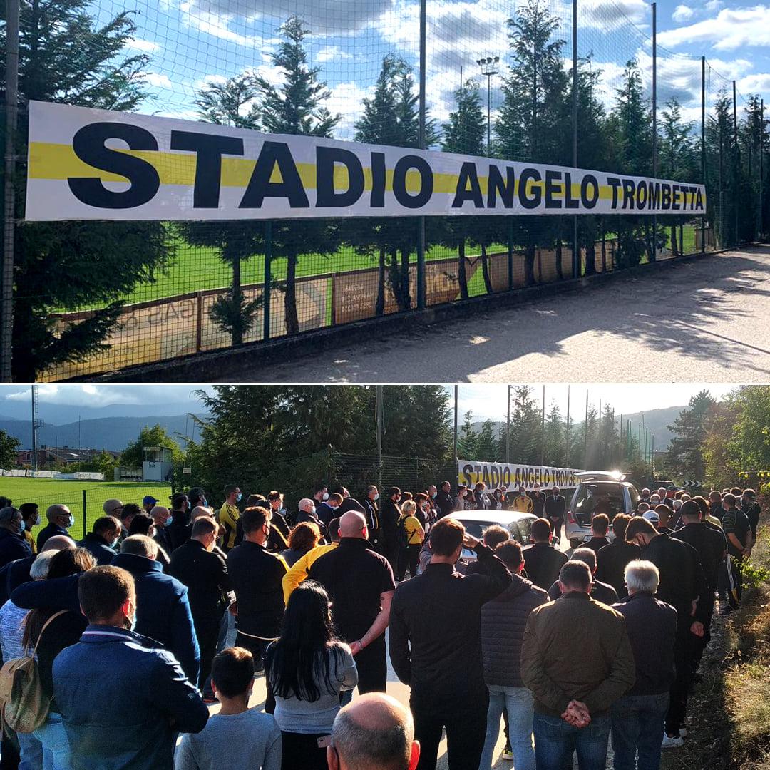 """Appeso allo stadio del rugby lo striscione """"Stadio Angelo Trombetta"""""""