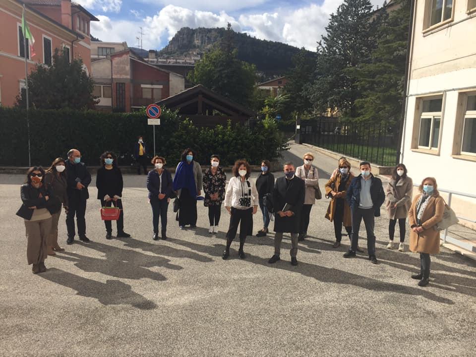 I docenti dell'Istituto Argoli partecipano al corso di formazione sul fenomeno del disagio giovanile organizzato dall'Associazione Veronica Gaia di Orio.