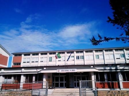 """Studenti positivi al Covid-19 al Liceo """"B. Croce"""" di Avezzano"""