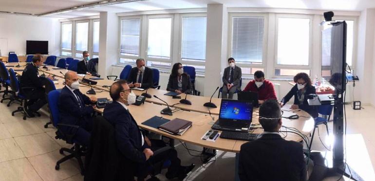 I 4 Prefetti d'Abruzzo in videoconferenza con il Capo Dipartimento Protezione Civile, Angelo Borrelli