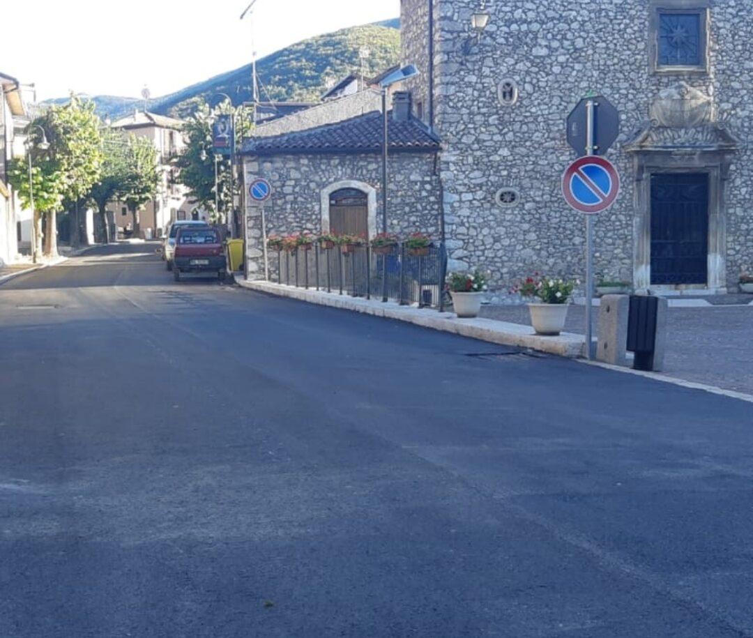 Collelongo, completati i lavori di rifacimento del manto stradale su Via Roma