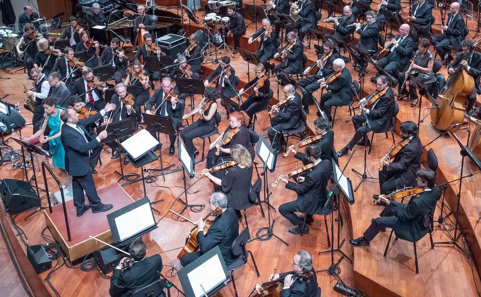 """Il Direttore d'Orchestra Stefano Fonzi: """"la cultura spinta indispensabile per la ripresa"""""""