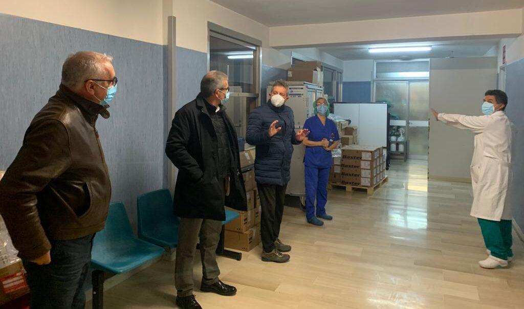 Tekneko dona un ventilatore polmonare doppio all'ospedale di Avezzano