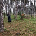 80 kg di rifiuti rimossi dalla Pineta di Avezzano. La pioggia non ferma cittadini e volontari dell'associazione Plastic Free