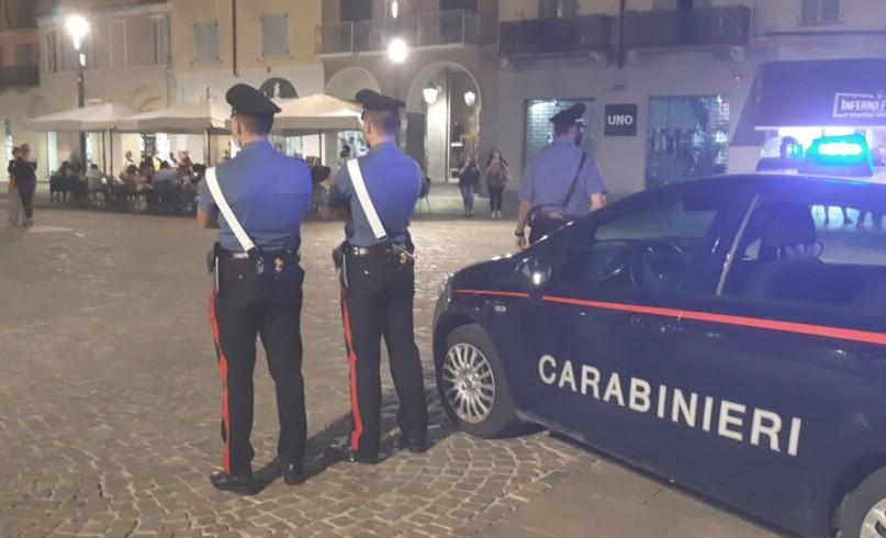 Il Comando Provinciale dei Carabinieri potenzia i controlli. Sono 5 le sanzioni per il mancato uso delle mascherine nel fine settimana