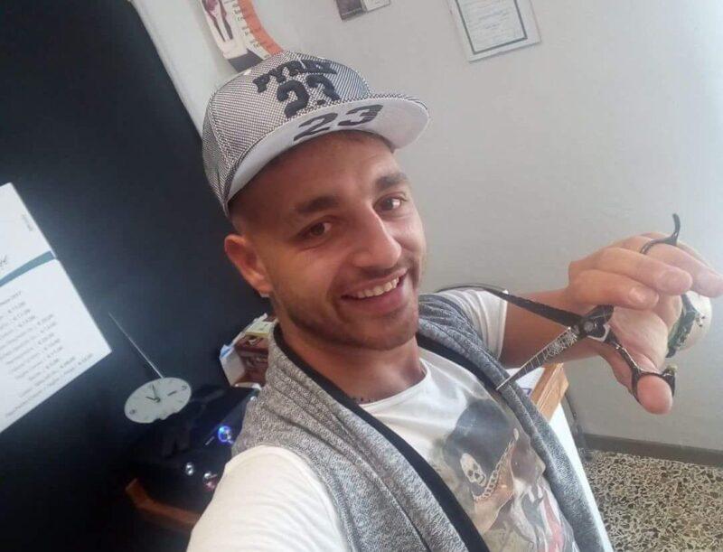 Il parrucchiere avezzanese Roberto Cipolletti protagonista di un'iniziativa benefica: si offre per tagliare gratuitamente i capelli a chi non ha le possibilità