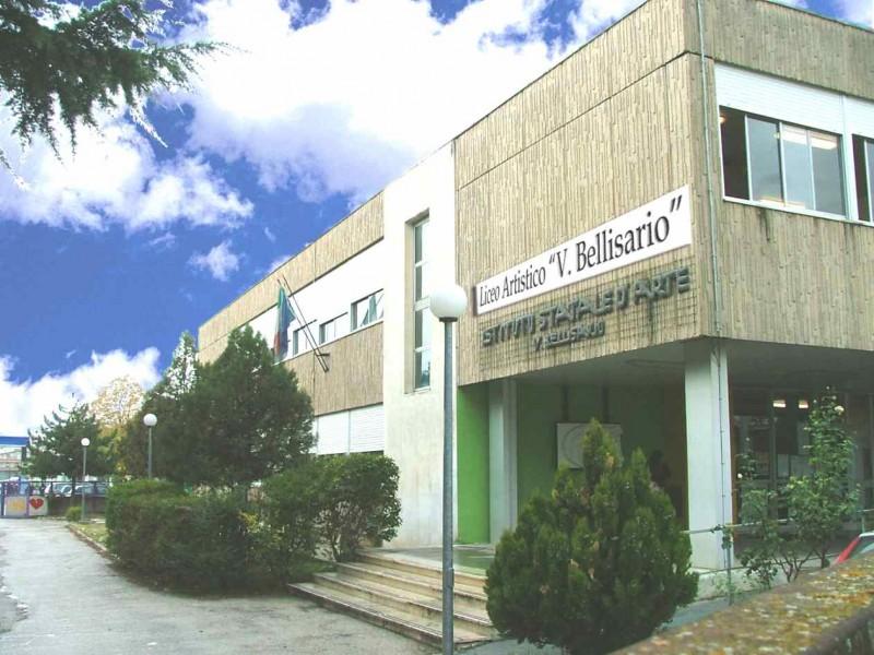 """Coronavirus, il sindaco Di Pangrazio sospende le attività didattiche del Liceo Artistico """"V. Bellisario"""""""