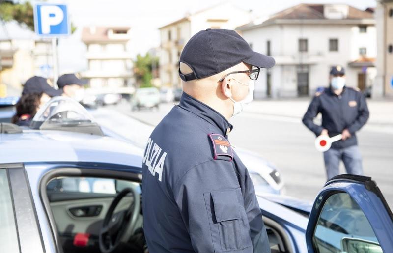 """Polizia di Stato: azioni di controllo in città e provincia. Il questore: """"non lasceremo spazio alle attività criminali"""""""