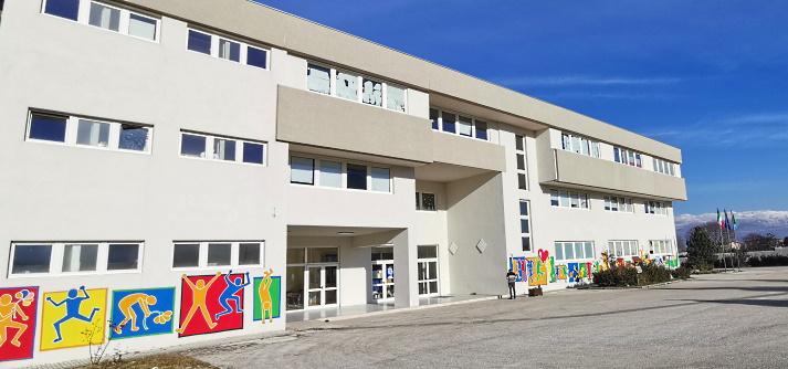 """Il Sindaco di Trasacco ispeziona a sorpresa la scuola: """"presto macchinari per la sanificazione"""""""