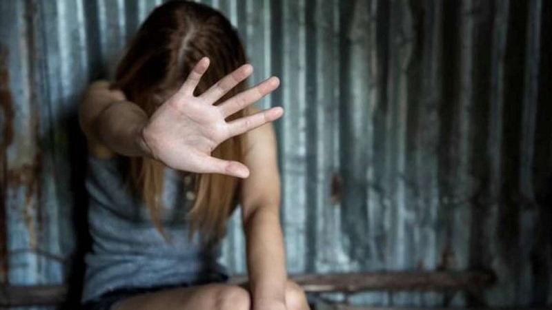 Accusato di aver violentato una minorenne durante festa di compleanno, a processo ventisettenne
