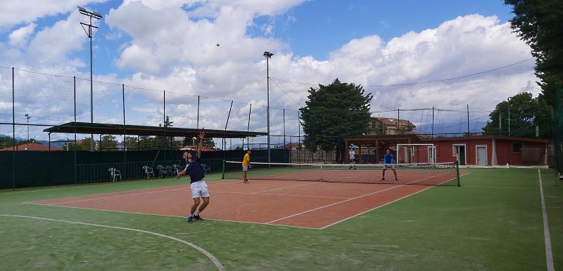 Contenimento contagi Covid. A Trasacco il Sindaco chiude Circolo Tennis, Centro Anziani e Circolo Biliardo