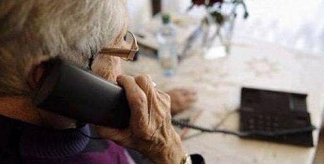 Cercano di truffare un'anziana al telefono ma lei chiama i Carabinieri
