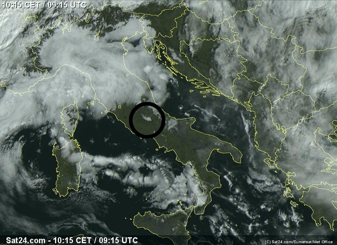 La nebbia del Fucino vista dal satellite