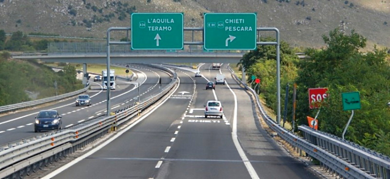 Esonero pedaggio autostradale per operatori sanitari. La richiesta di Marsilio a Strada dei Parchi