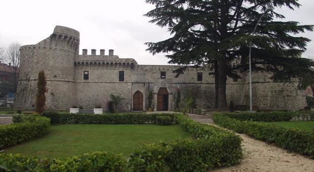 Convocazione consiglio comunale di Avezzano in data 30 novembre 2020 alle ore 15.30 presso Castello Orsini