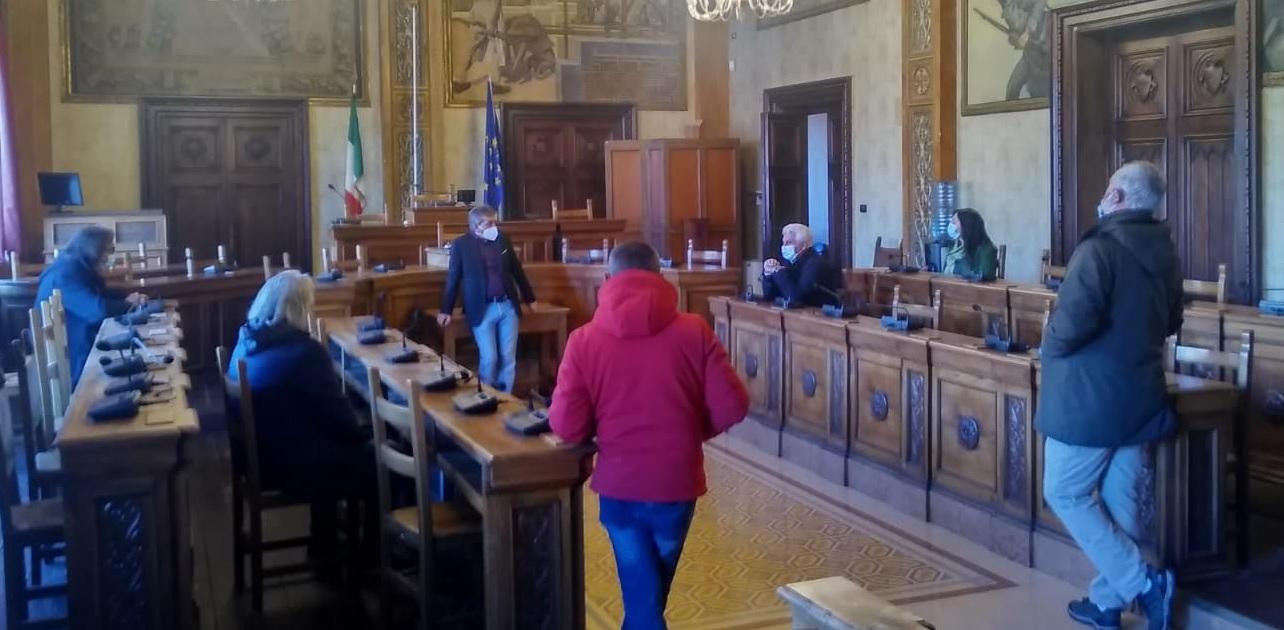 """Il Sindaco Di Pangrazio riceve il """"Comitato Emergenza Avezzano CoVid-19"""": """"Vogliamo dare una mano. La Regione ci dica qual è l'alternativa all'Ospedale da campo"""""""