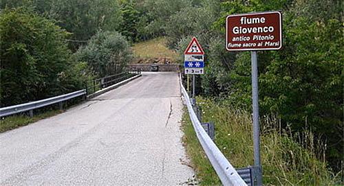Sulla SP17 del Parco Nazionale d'Abruzzo velocità massima consentita di 50 km/h lungo l'intero percorso