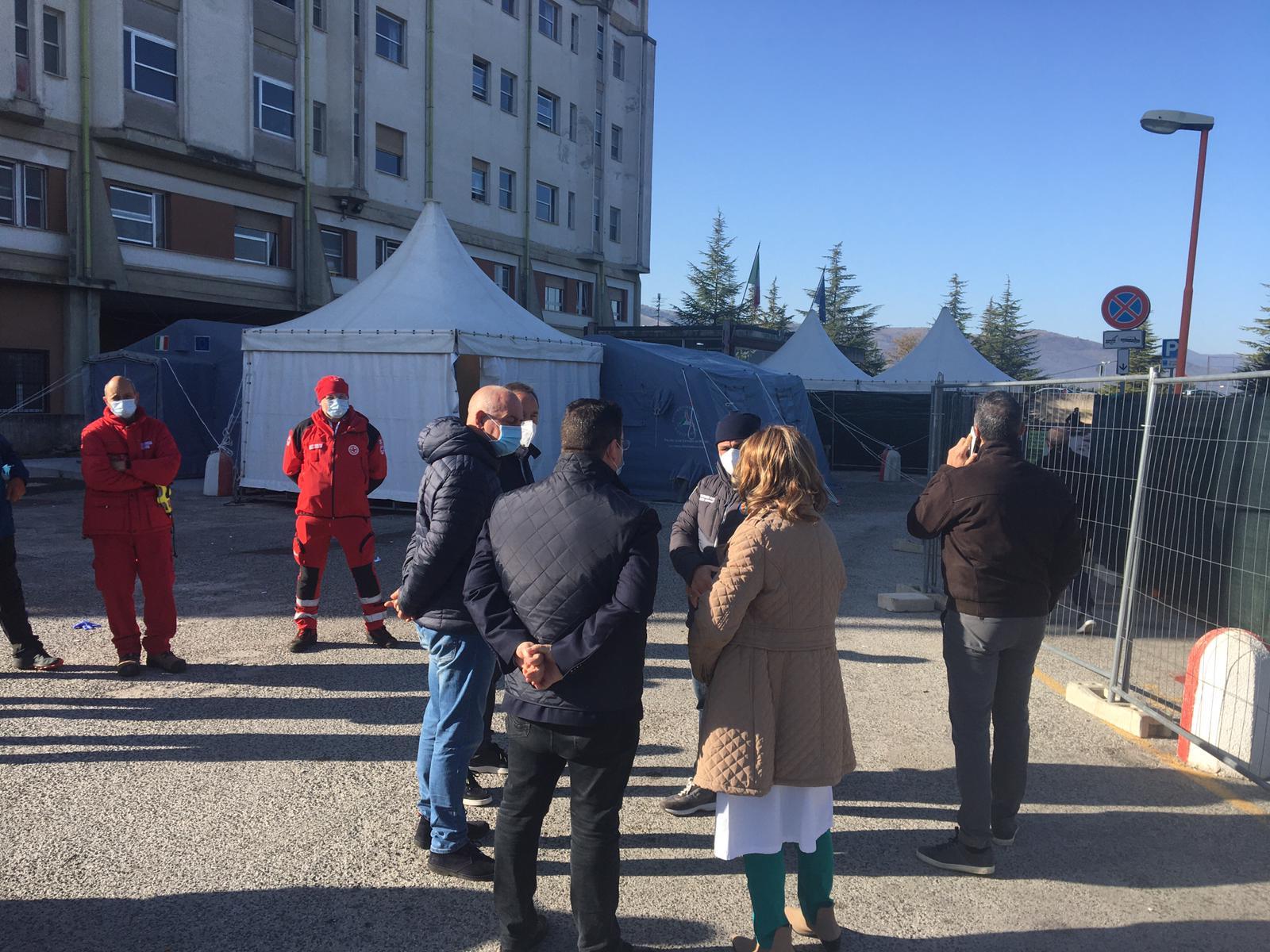 Covid-19 continua lo screening per i comuni della provincia di L'Aquila, trovanti 60 nuovi positivi