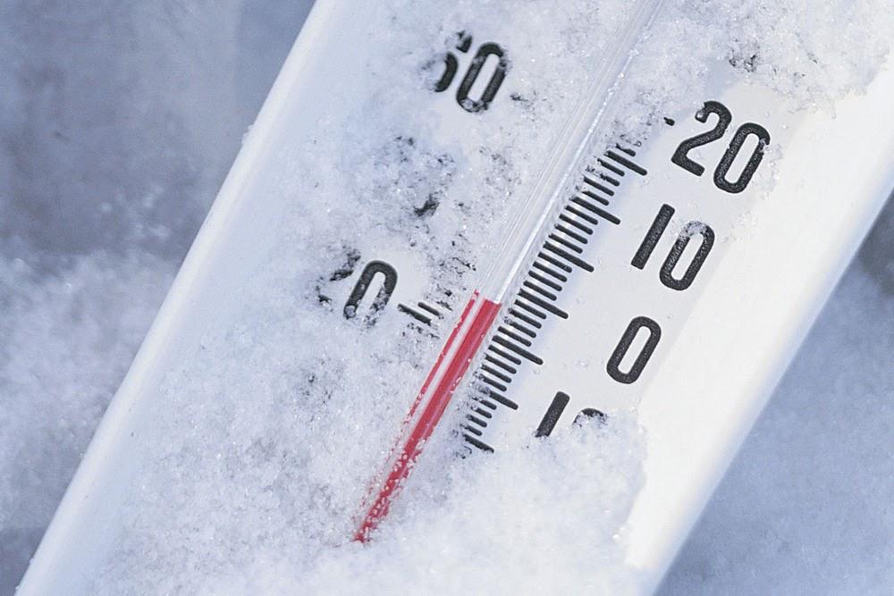Risveglio gelido in Abruzzo, - 23° ai Piani di Pezza