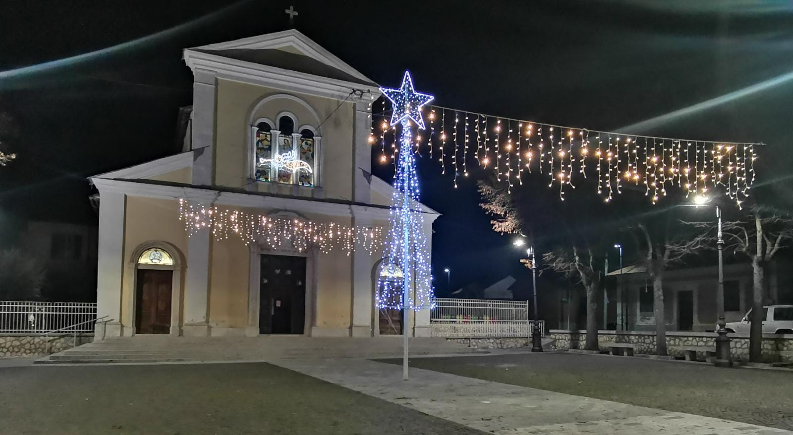 """Luminarie natalizie a San Pelino, il consigliere Ernesto Fracassi: """"Ringrazio a nome della comunità chi ha preso in carico il mio interessamento e ha reso possibile tutto questo"""""""