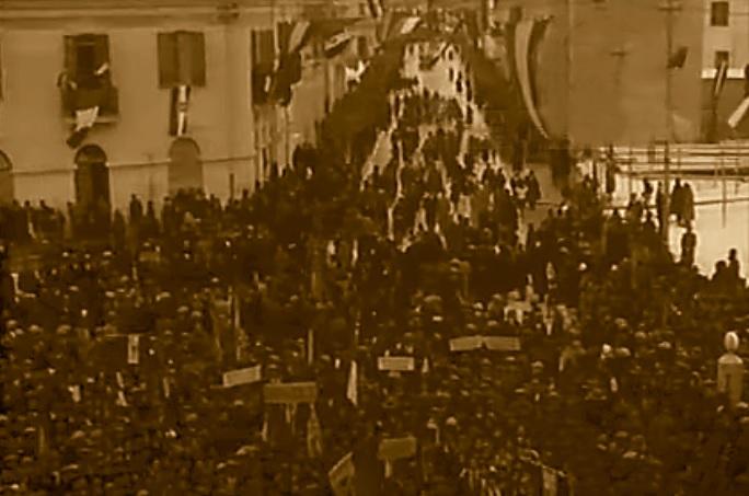 Avezzano durante una manifestazione fascista