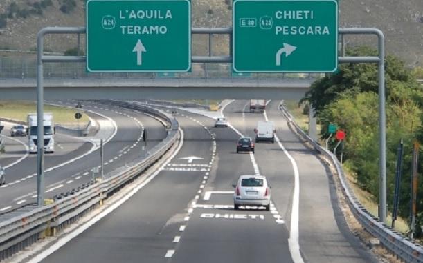 Autostrade A24 e A25 da oggi gratis per gli operatori sanitari