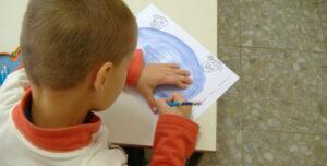 Insegnante positiva al Covid: chiusa la scuola dell'infanzia di Oricola