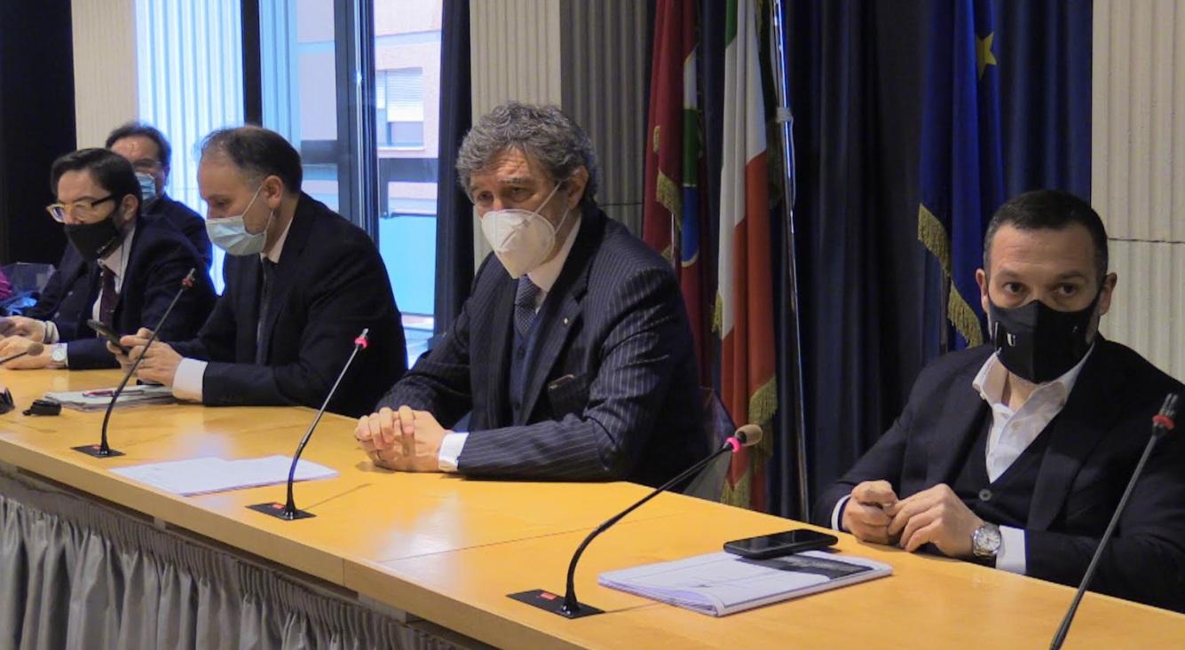 Bilancio regione Abruzzo, la maggioranza