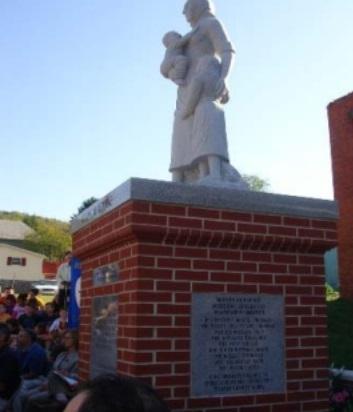 Monumento alle vedove di Monongah – 2007-