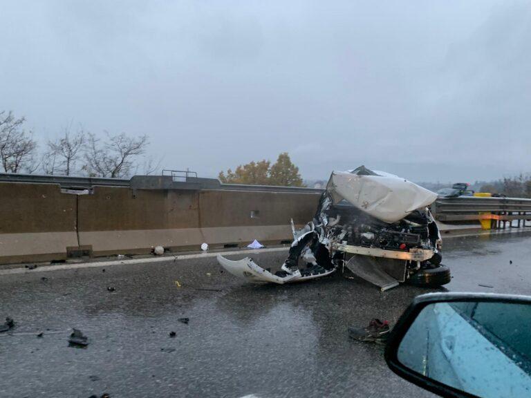 Violento schianto sulla A25 tra Celano e Avezzano, ferite due persone