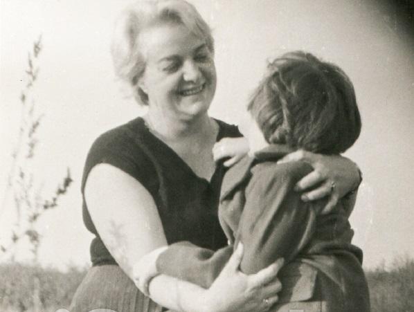 """""""Madri del sud"""", Maria Assunta Oddi omaggia le nostre donne del Fucino con racconti e poesia"""