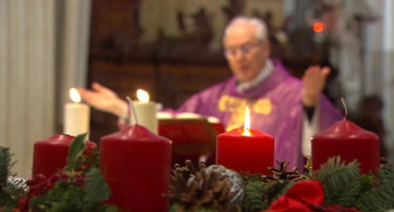 Celebrazioni natalizie e messa di Natale saranno in orari compatibili con il coprifuoco