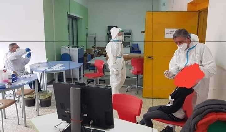 Screening per studenti e personale scolastico a San Vincenzo Valle Roveto, nessun tampone ha dato esito positivo